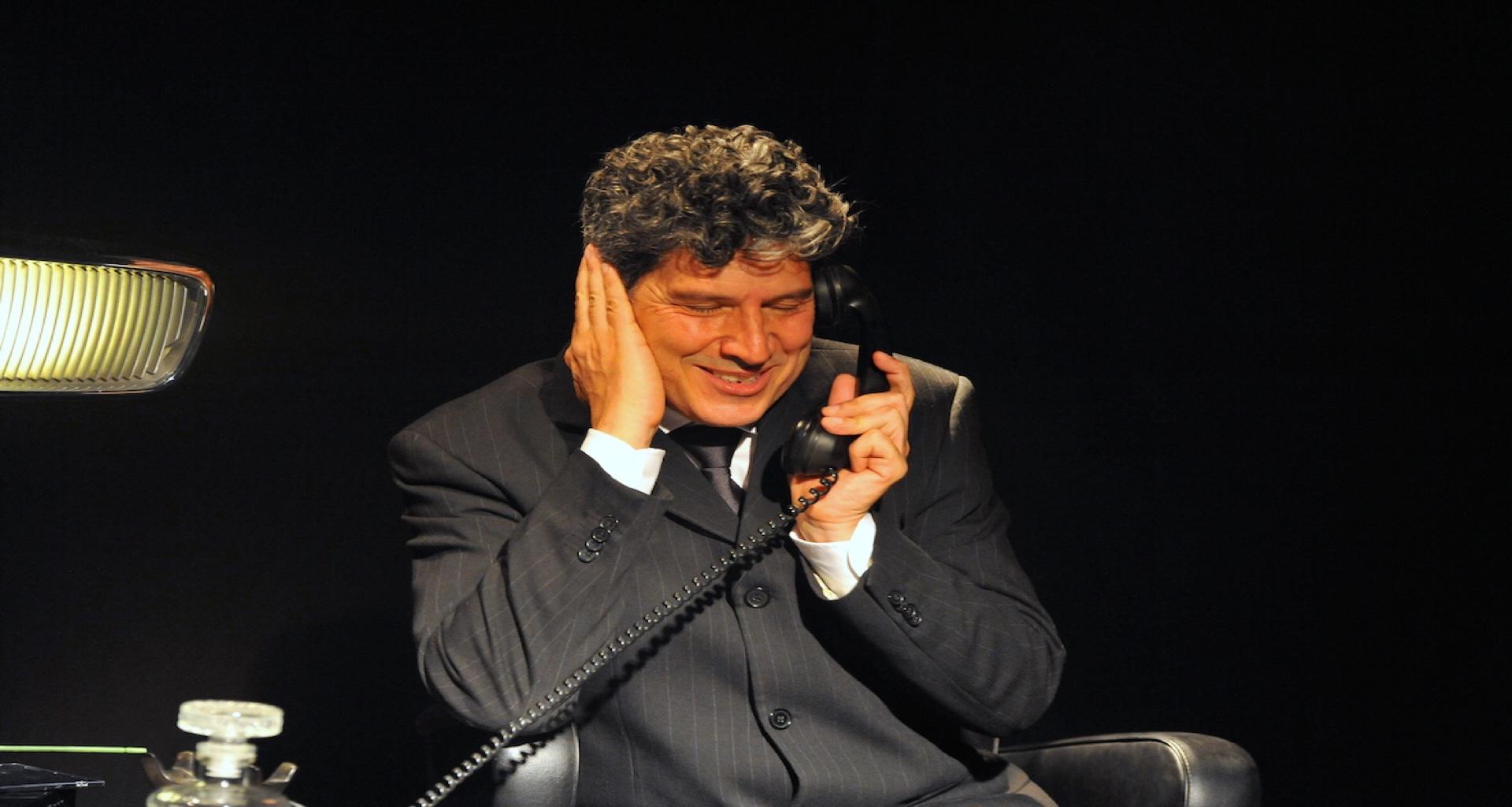 """Galatone al Teatro unale """"Io amo il mio lavoro"""" un monologo diretto da Tommaso Rotella"""